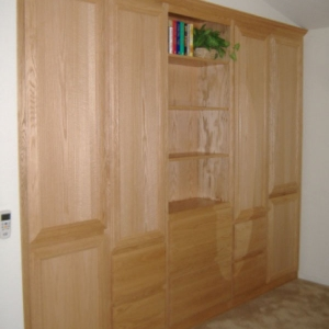 Wall to Wall Cabinet Oak with Natural Finish